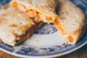calzone-dinner-food-9001